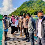 Antisipasi Penyebaran Covid -19, Kapolsek Pulau 9 Polres Sinjai Pantau Aktivitas Warga Desa Buhung Pitue Imbau Prokes